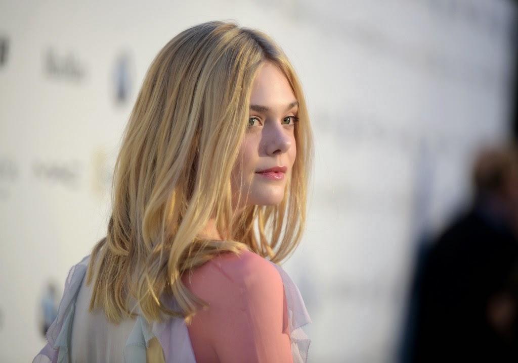 Egy rejtélyes öngyilkosságról fog szólni Elle Fanning legújabb sorozata