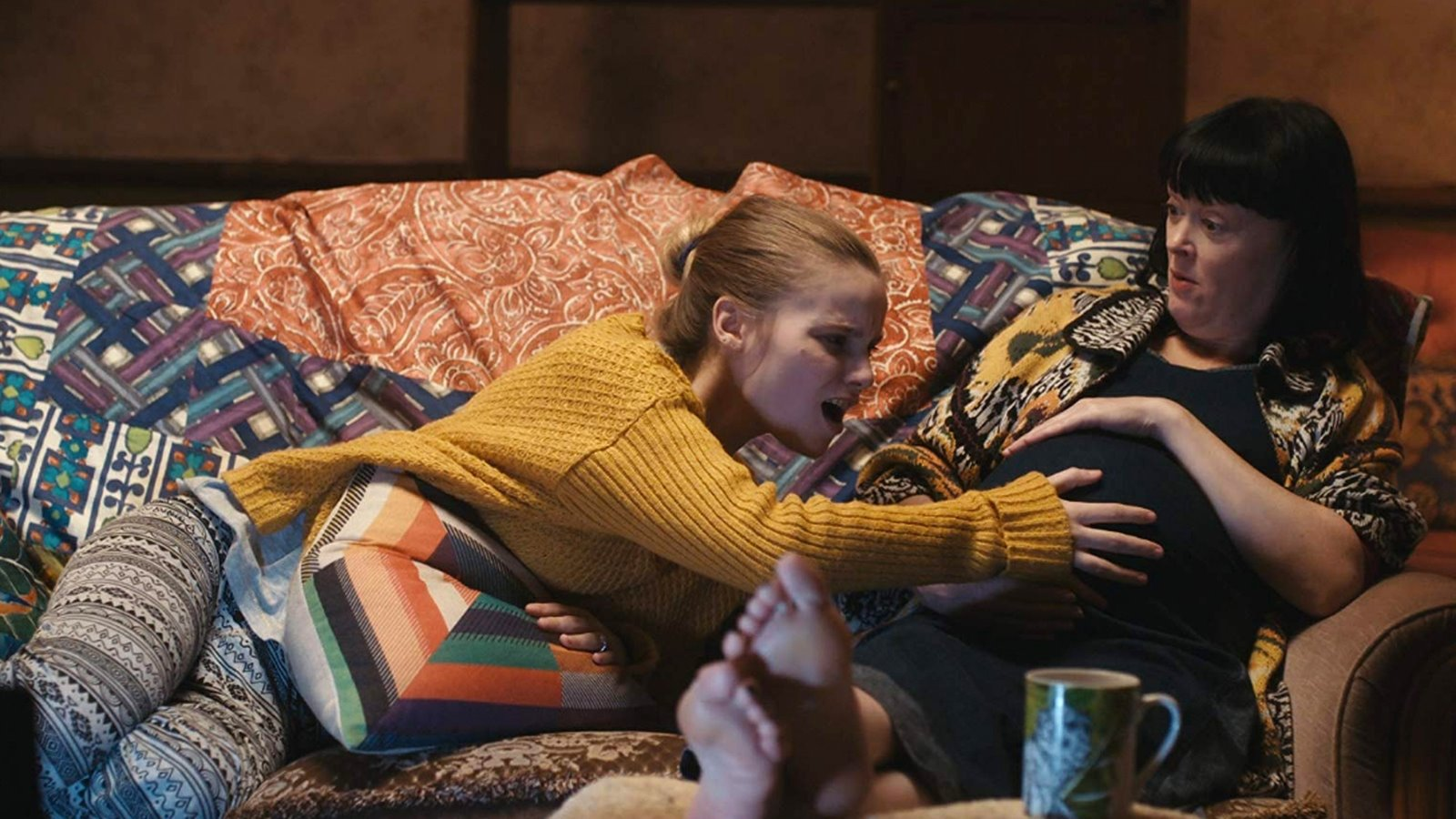 Szeretnivaló, végtelenül emberi dramedy – Egy kis bökkenő (2019) – kritika